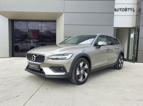 Volvo V60 D4 AWD AT8 Cross Country